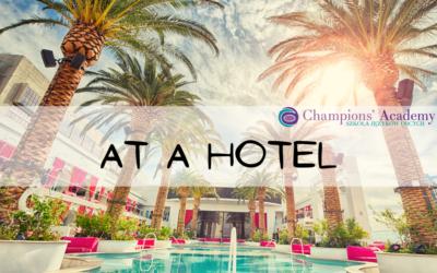 At a hotel, useful expressions – Zwroty przydatne w hotelu